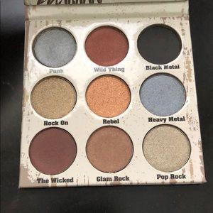 Crown Cosmetics Glam Metals Eyeshadow Palette